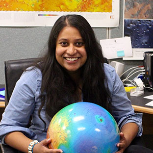 Hiruni Senarath Dassanayke founded an educational project to engage more impoverished children with science in Sri Lanka.