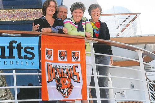 Alumni sail on a Go Next cruise.